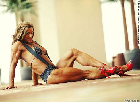 Amber Defrancesco Female Bodybuilder Muscle Legs
