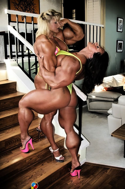 Nikki Fuller And Amber DeLuca Female Muscle Morphs