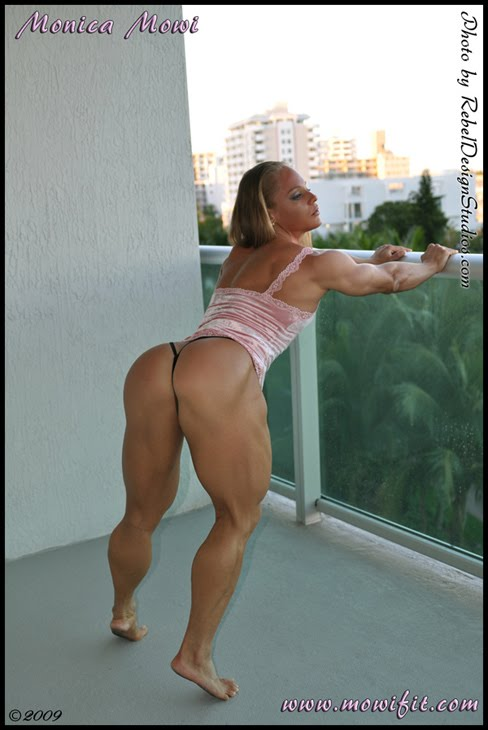 Monica Mowi Mollica Female Muscle Legs Glutes Bodybuilding