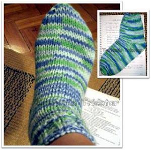 Passei no blog tentando tricotar, não resisti, copiei