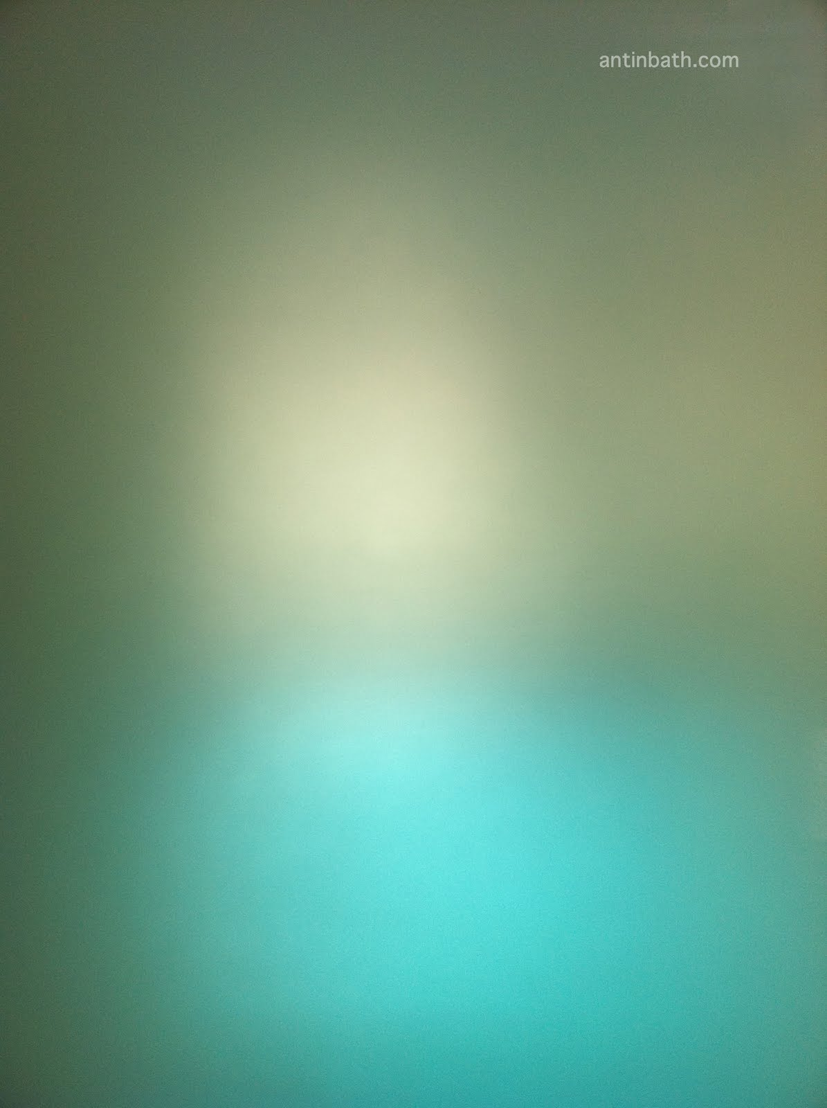 http://4.bp.blogspot.com/_BWeFvHW8_hE/TCpgZYw-9wI/AAAAAAAAAdI/KZJcEkKrLxg/s1600/antinbath-free-iphone4-wallpaper-3.jpg