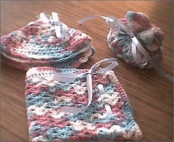 Mis tejidos son toda mi vida angeles tejidos a crochet - Detalles para el bano ...