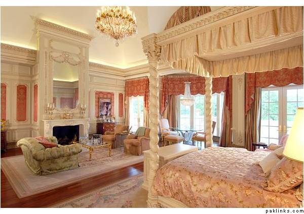 SRK House in Dubai http://marvelousluxury.blogspot.com/2010/08/benazir-bhuttoo-royal-house-in-dubai.html