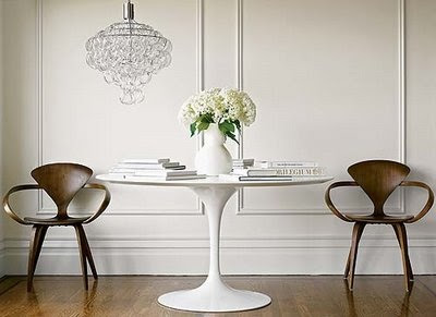 Again With The Original Tulip Chairs But A Very Diffe Look