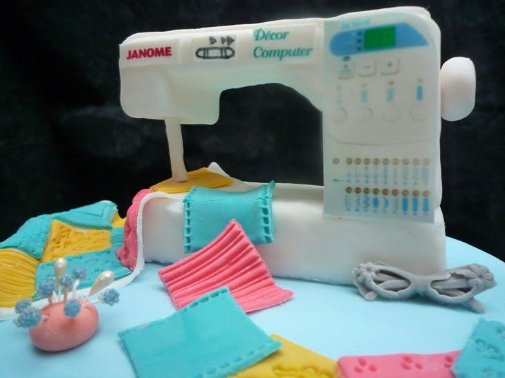 Dumont Cake Sewing Machine Cake