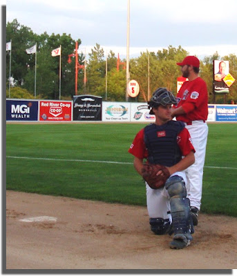 Goldeyes catcher and pitcher warming up