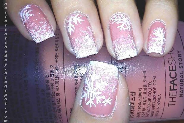 nail art of day pink christmas