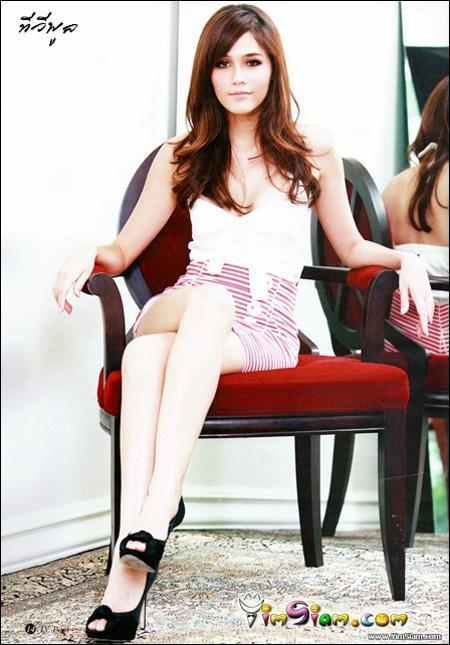 Araya Hargate - Images Actress