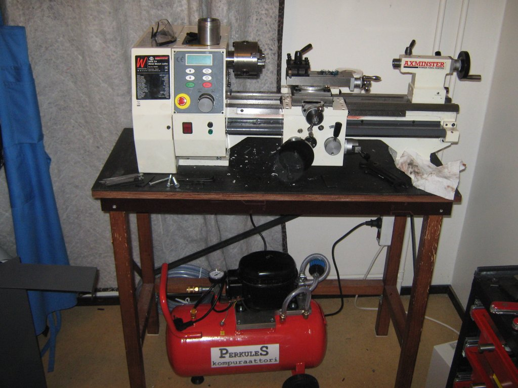 Home Shop Machinist: Test chips with the C4 lathe