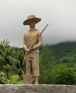 Statue of fisherman, Karon Beach