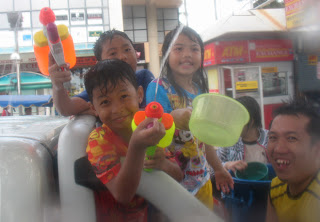 Songkran family fun