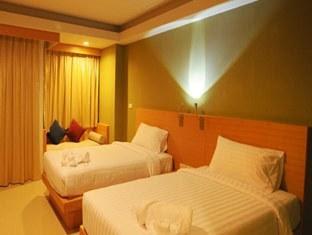 Aspery Hotel Phuket Twin Room