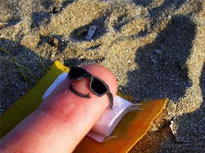 Funny Fingers - Beach