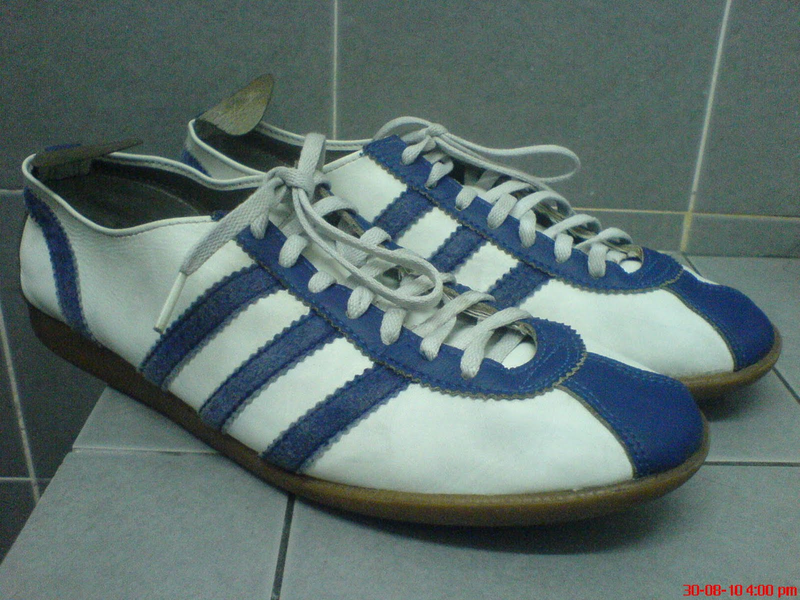 planet vintage vintage adidas saigon shoes 9 uk sold
