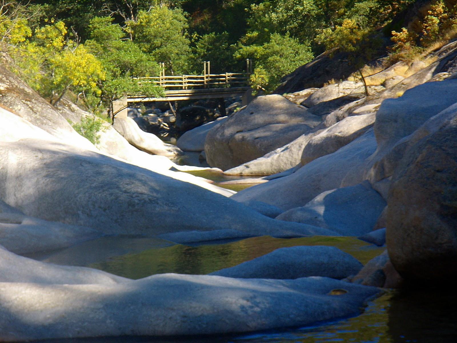 Entre madrid y guare a cabezuela del valle garganta de for Piscinas naturales cerca de valladolid