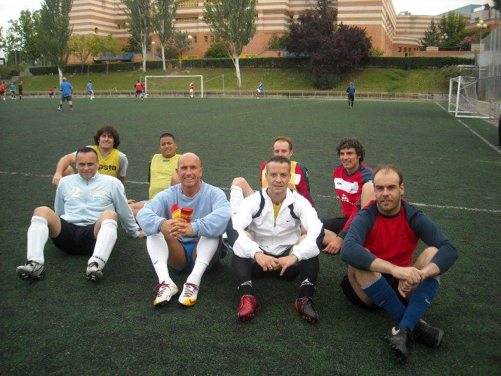 Zagros sports junio 2010 for Club social la moraleja