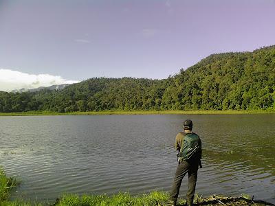 danau ciharus