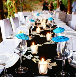 Cria da moda decora o para o reveillon Centre table mariage plage idees