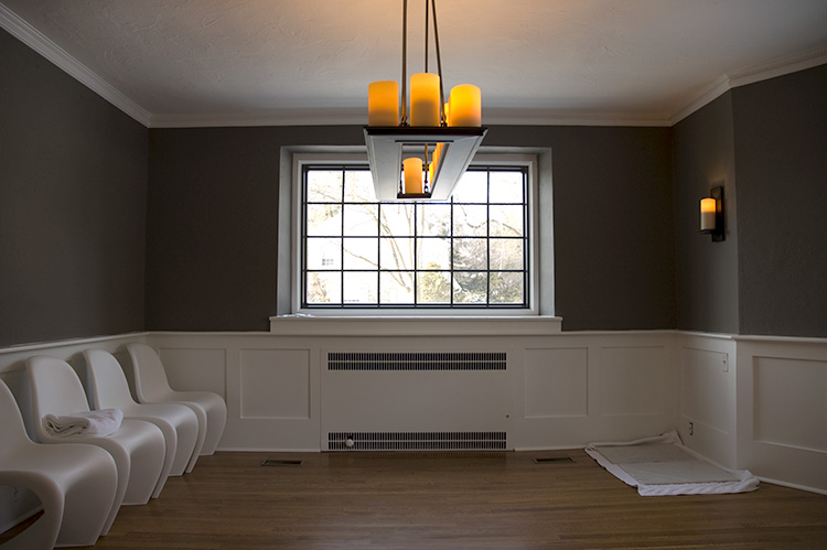 Crown molding living room samples joy studio design for Dining room gray walls