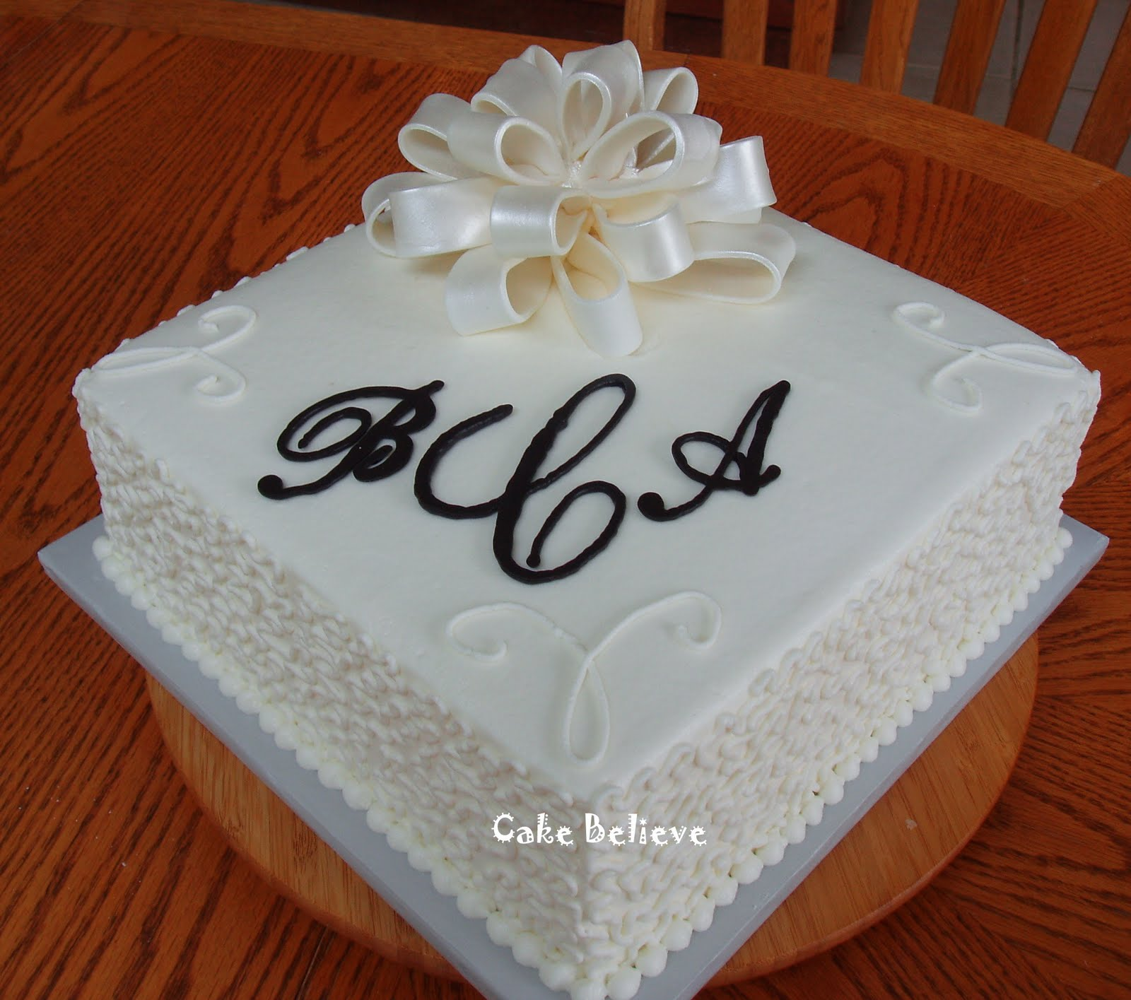 what to write on bridal shower cake