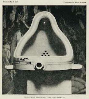 external image Duchamp_Fountaine.jpg