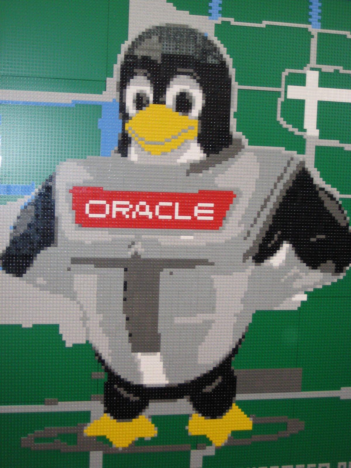 [OOW09_penguin.jpg]