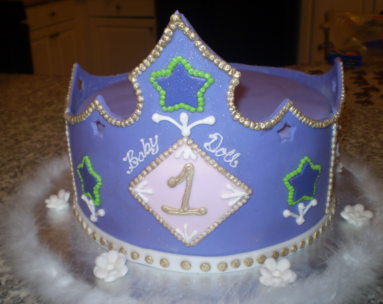 Princess Crown Cake Pictures : Divine Cakes by Janice: Princess Crown Cake