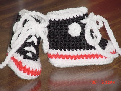 Free Crochet Pattern For Baby Converse : Beyond All Measure: Crocheted Converse Tennis Shoes --free ...