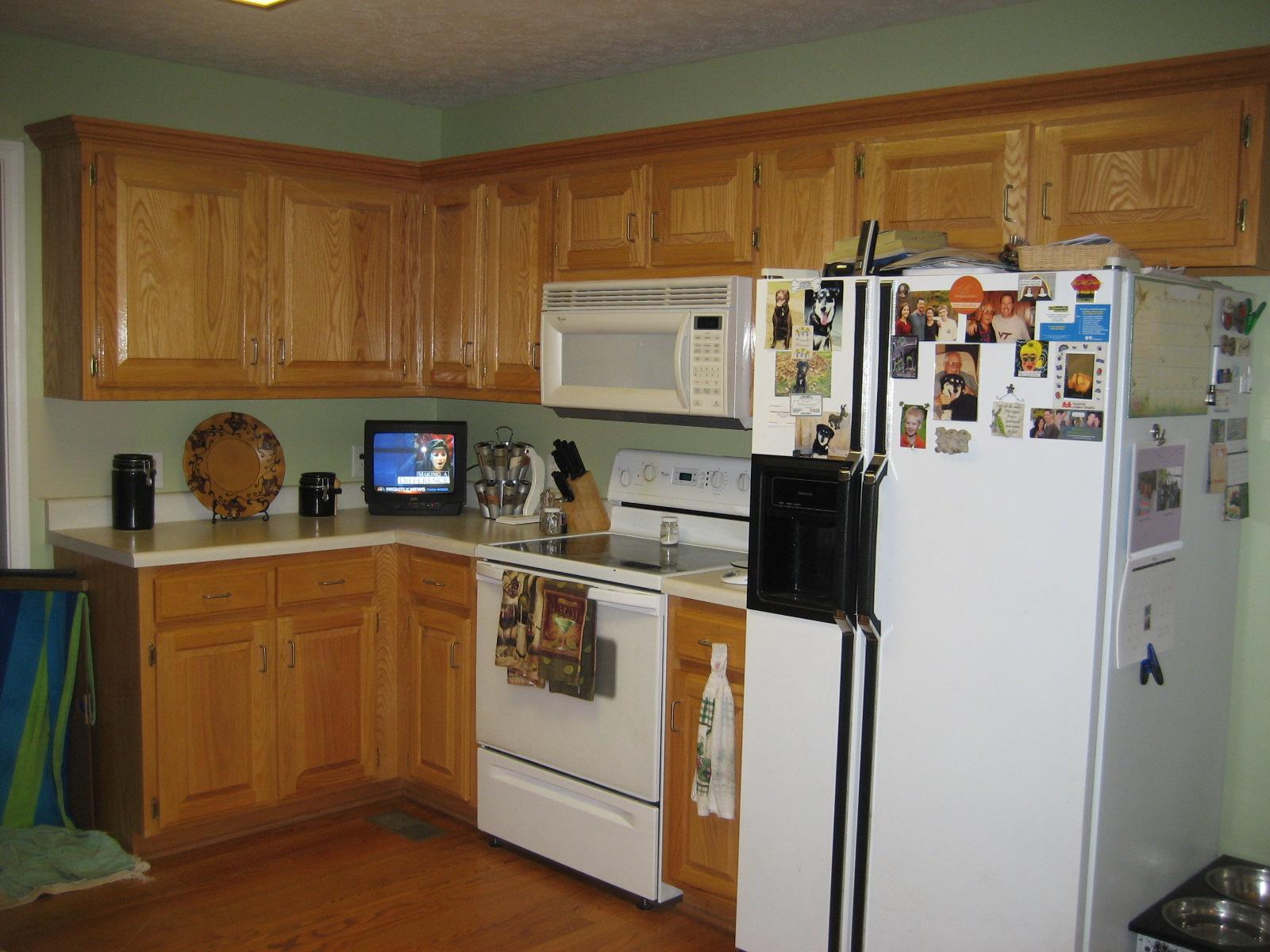 Patty's Kitchen Stove Wall