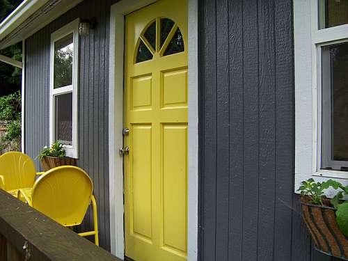 Peahen pad yellow front door for Front door yellow house