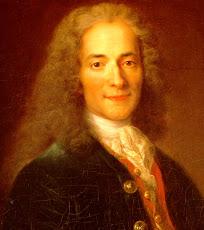 Voltaire, foi um escritor, ensaísta, deísta e filósofo iluminista francês
