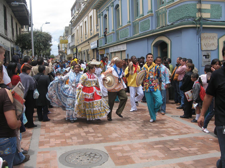 Desfile inaugural Encuentro de Cultura 2008