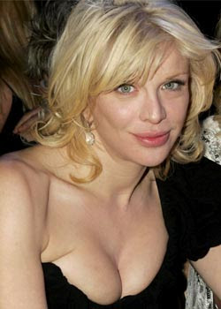 Courtney Love strips off on Twitter
