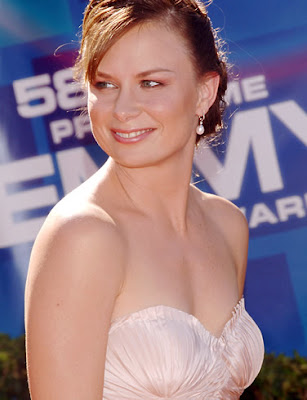 Mary Lynn Rajskub Gets Married in Vegas Style