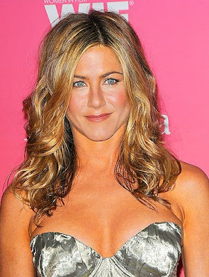 Jennifer Aniston Eyes A Music Career