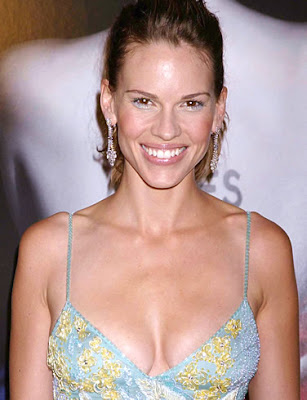 Hilary Swank loves discount vouchers
