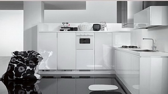 Letu0027s Check This Simple And Minimalist Glossy Black And White Kitchen  Design Ideas By Futura Cucine. These Fantastic Kitchen Designs Come From  Tecnocucina ...