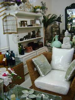 Showroom da frente, na loja