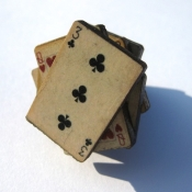 Playing card ring