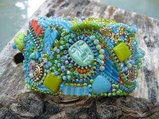 [Encrusted+cuff+bracelet]