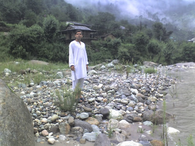 The First Look at the River, Tirthan Valley
