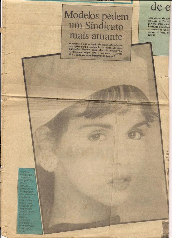 Eu na Capa do Jornal da Barra e Jacarepaguá