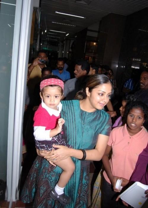 Surya Jyothikas Daughter Diya image photo gallery