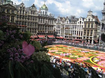 Alfombra de flores, Bruselas title=