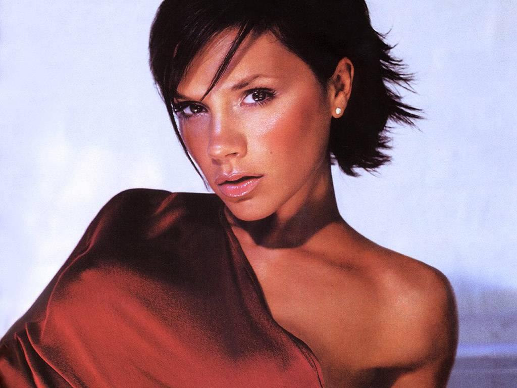 http://4.bp.blogspot.com/_BpAoKRSdVjQ/TMXhvvKWZII/AAAAAAAACSY/PtHLI4YrE8E/s1600/Victoria-Beckham.JPG