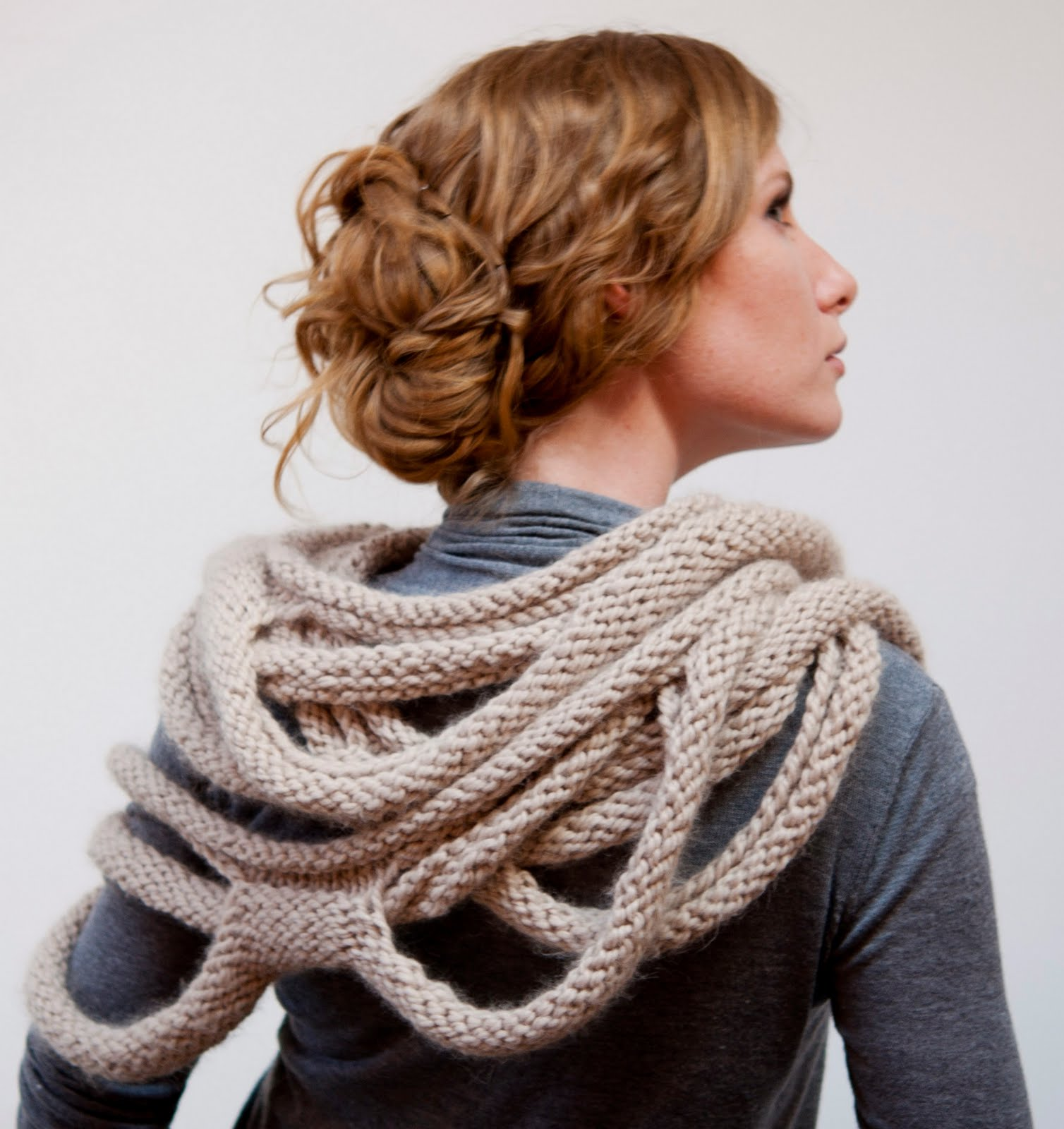 Knitting Patterns For Loop Scarves : Ruby Submarine: Medusa Loop Scarf Knitting Pattern