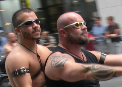 from Ezequiel are there gay hells angels
