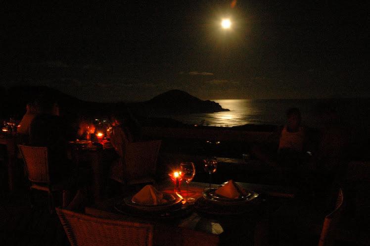 De noite ...o romance vem do mar