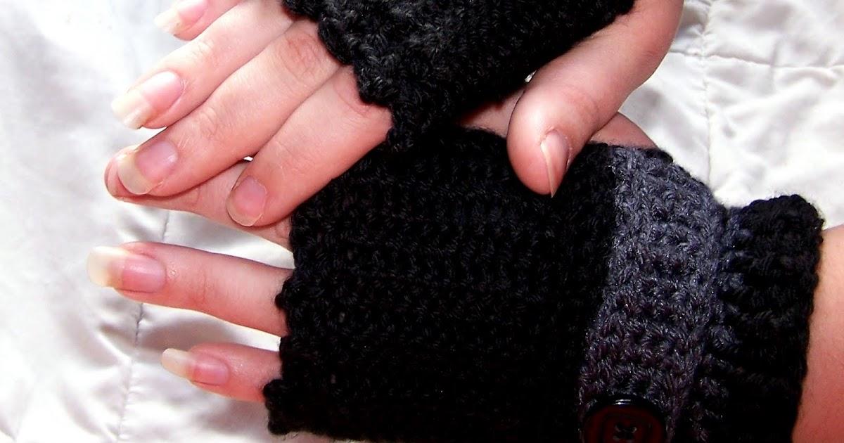 Hooked On Yarn: Showcase of Fingerless Gloves