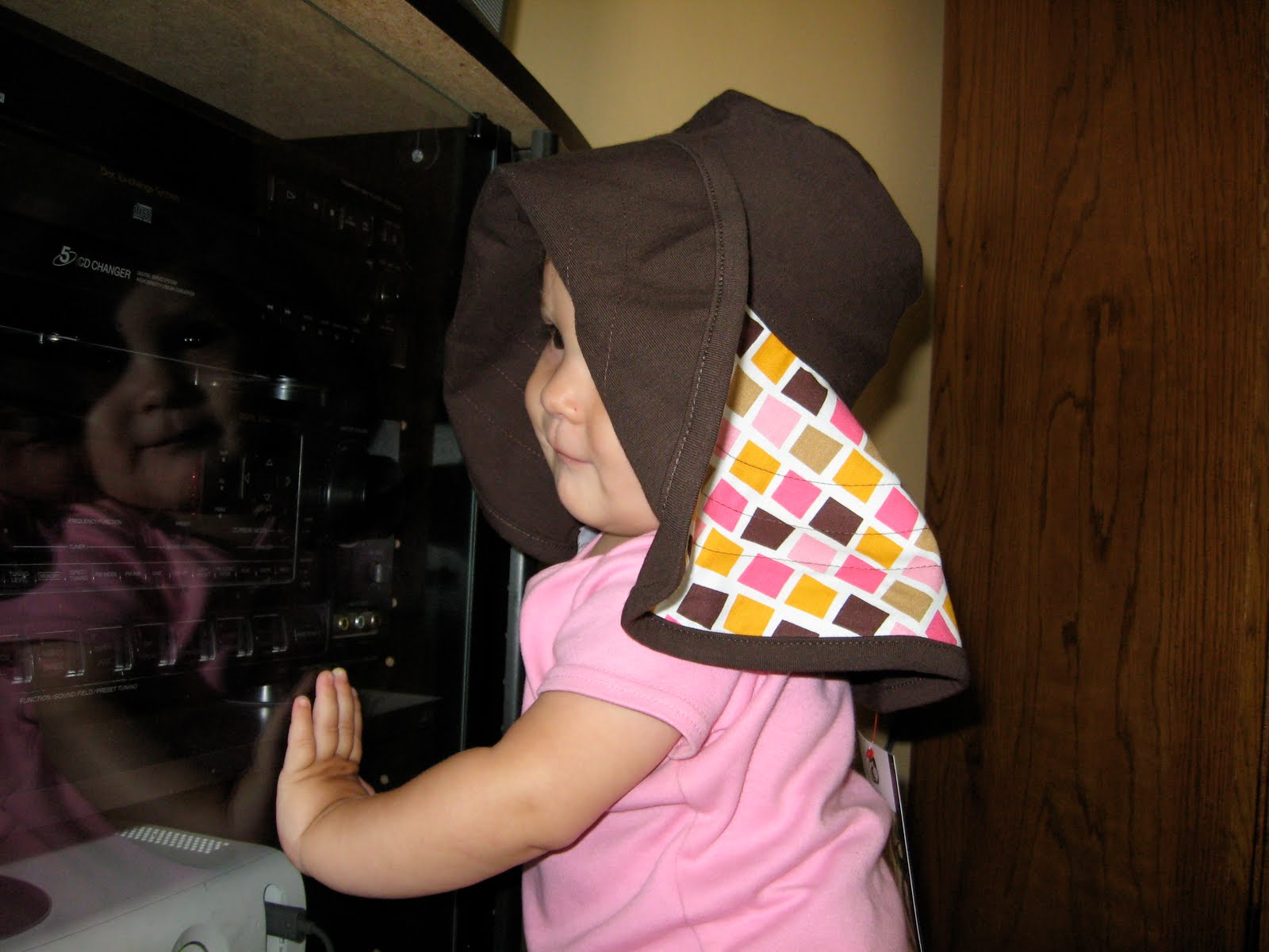 One Little Word She Knew  Moboleez Breastfeeding Hat - Giveaway! 3a5b865928db